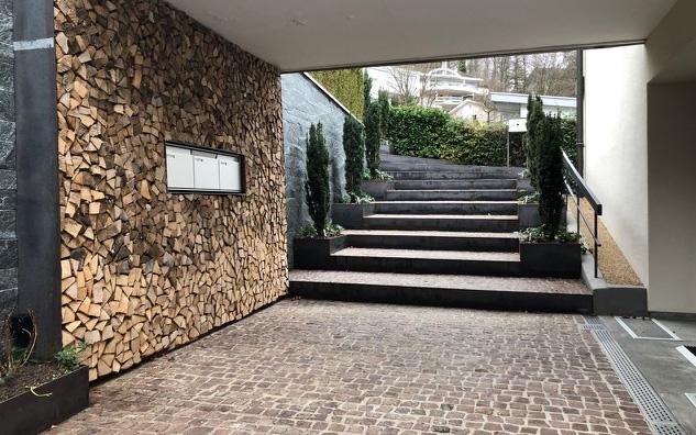 Schichtholz Treppe Pflästerung